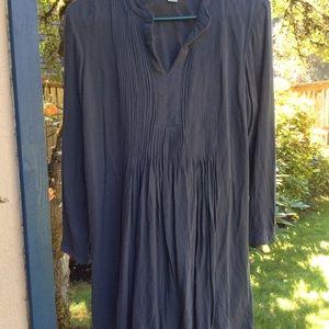 Old Navy dress pleats dark gray long sleeve